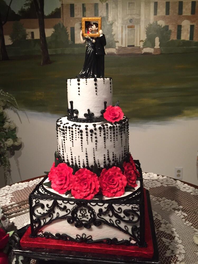 Custom Gothic Wedding ...